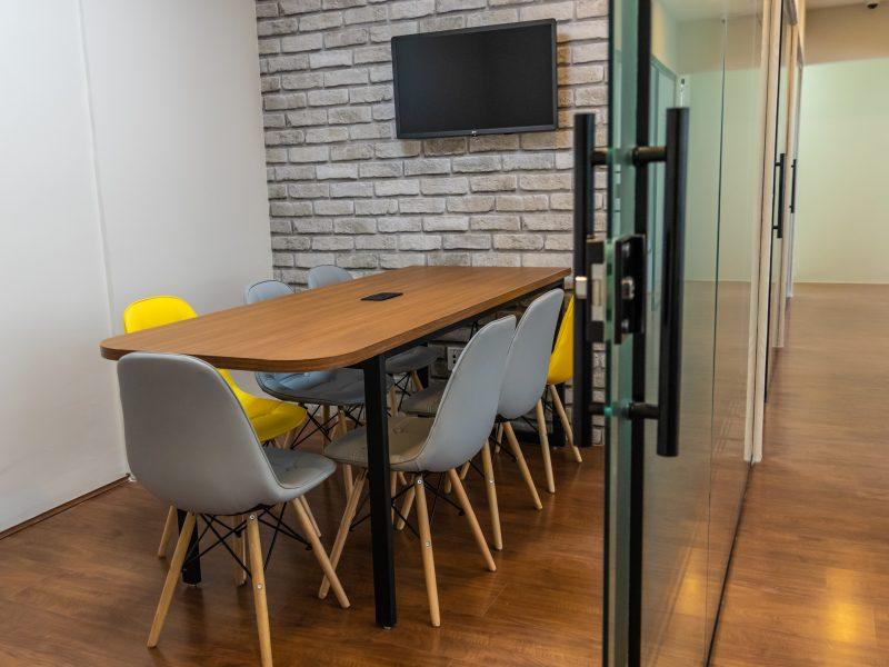 sala de reunião interage coworking