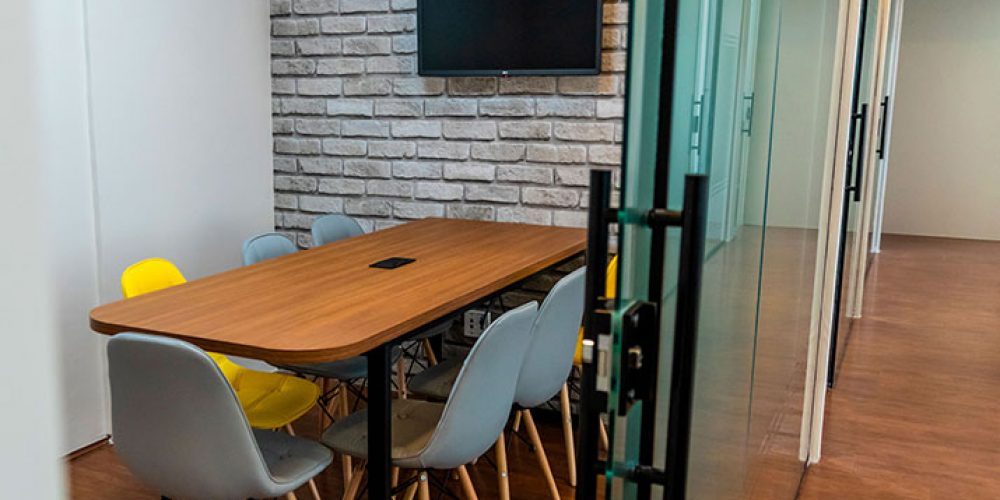 sala-de-reunião-interage-office